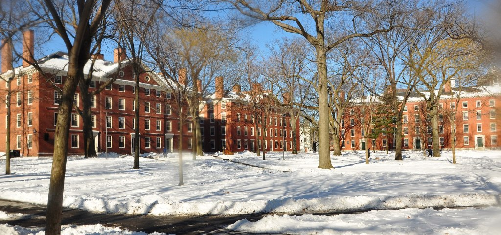 1920px-harvard_yard_winter_2009j